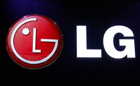 LG Elec takes fight with Samsung over washer damage to YouTube