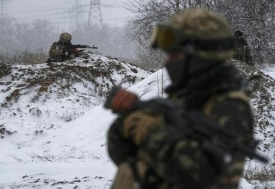 Battle rages in Ukraine