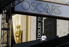 Preparativos para a cerimônia do Oscar, Hollywood, nos Estados Unidos, nesta quarta-feira. 18/02/2015 REUTERS/Mike Blake