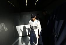 Mercedes Formula One racing driver Lewis Hamilton of Britain leaves from his garage during pre-season testing at the Jerez racetrack in southern Spain February 4, 2015.  REUTERS/Marcelo del Pozo