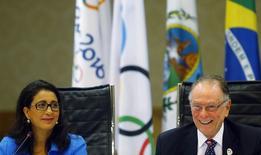 Moutawakel, dirigente do COI, e Nuzman, presidente do comitê organizador Rio 2016, concedem entrevista no Rio de Janeiro. 24/02/2015.   REUTERS/Ricardo Moraes