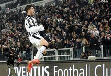 Atacante da Juventus Álvaro Morata comemora gol contra o Milan em Turim. 07/02/2015 REUTERS/Giorgio Perottino