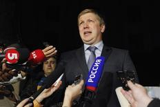 Andriy Kobolev, chief executive of Ukrainian state gas company Naftogaz, talks to journalists as he leaves after talks with members of the Russian delegation and European Union Energy Commissioner Guenther Oettinger, in Kiev June 16, 2014.  REUTERS/Valentyn Ogirenko