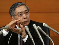 Bank of Japan (BOJ) Governor Haruhiko Kuroda speaks during a news conference at the BOJ headquarters in Tokyo December 19, 2014.  REUTERS/Yuya Shino