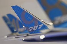 Hainan Airlines, la quatrième compagnie aérienne chinoise par la taille de sa flotte, a annoncé son intention de commander 30 appareils Boeing 787-9, d'une valeur de 7,7 milliards de dollars (7,0 milliards d'euros) au prix catalogue. Il s'agit de la plus grosse commande de ce modèle depuis le début de l'année. /Photo d'archives/REUTERS/Edgar Su