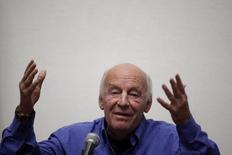 Eduardo Galeano durante palestra na Cidade do México.  22/02/2011  REUTERS/Jorge Dan Lopez