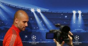 Técnico do Bayern de Munique, Pep Guardiola, durante entrevista coletiva no Camp Nou, em Barcelona. 05/05/2015 REUTERS/Paul Hanna