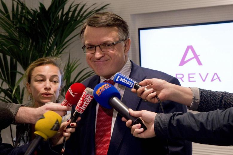 Areva Human Resources Director Francois Nogue answers journalists at the headquarters of the French nuclear reactor maker Areva, at La Defense business and financial district in Courbevoie near Paris May 7, 2015. REUTERS/Charles Platiau