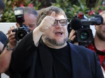 Guillermo del Toro en Cannes, Francia, el 12 de mayo de 2015. El director mexicano Guillermo del Toro dijo el martes al llegar a Cannes para integrar el jurado principal del festival de cine que, tras haber presentado su primera película aquí en 1993, ahora quería darle una oportunidad a nuevas generaciones de realizadores. REUTERS/Benoit Tessier