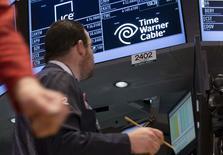 Logo da Time Warner Cable visto na Bolsa de Valores de Nova York, em foto de arquivo.   20/04/2015   REUTERS/Brendan McDermid
