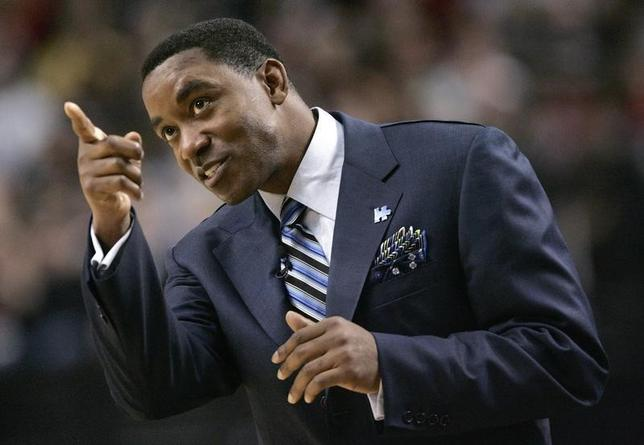 Isiah Thomas in February 1, 2008 file photo. REUTERS/Richard Clement/Files