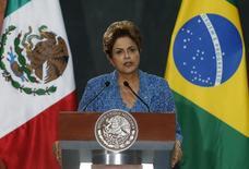 Presidente Dilma Rousseff em discurso na Cidade do México nesta terça-feira. 26/05/2015 REUTERS/Edgard Garrido
