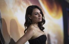 """Mila Kunis poses at the premiere of """"Jupiter Ascending"""" at the TCL Chinese theatre in Hollywood, California February 2, 2015. REUTERS/Mario Anzuoni"""