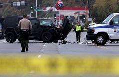 Veículo danificado em local de acidente de carro envolvendo Caitlyn Jenner, ex-Bruce Jenner, em Malibu. 07/02/2015 REUTERS/Jonathan Alcorn