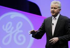 """General Electric (GE) Chairman and CEO Jeff Immelt delivers the opening remarks before a panel discussion hosted by GE on """"The Future of Manufacturing: Growing American Competitiveness"""" at the Mellon Auditorium in Washington February 13, 2012. REUTERS/Gary Cameron"""