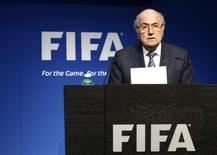 FIFA President Sepp Blatter addresses a news conference at the FIFA headquarters in Zurich, Switzerland June 2, 2015.REUTERS/Ruben Sprich