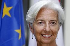 La directora del Fondo Monetario Internacional, Christine Lagarde, antes de una reunión con el primer ministro de Luxemburgo, Xavier Bettel, en Luxemburgo, 18 de junio de 2015. Grecia caerá en moratoria con el Fondo Monetario Internacional el 1 de julio si no cumple con un pago el 30 de junio debido a que no existe un periodo de gracia o posibilidad de retrasarlo, dijo el martes la directora gerente de la institución, Christine Lagarde. REUTERS/Francois Lenoir