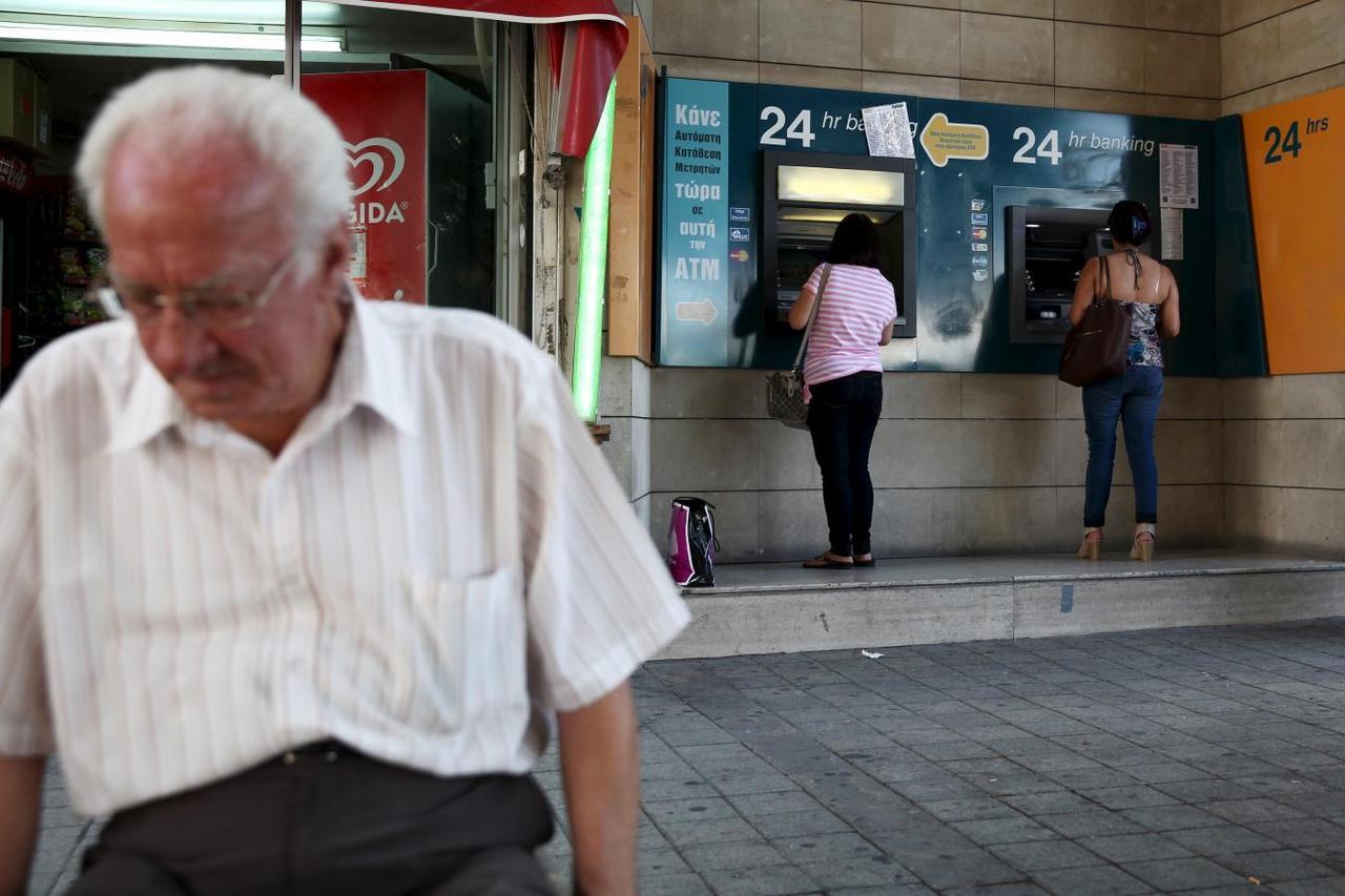 0eb5af3e8623 Amid fears of Greek controls