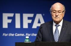 Joseph Blatter, durante una conferencia de prensa en la sede de la FIFA, en Zúrich, Suiza, 2 de junio de 2015. Una celebración de la salida de Joseph Blatter como presidente de la FIFA ha atraído a más de 21.000 posibles invitados a través de Facebook. REUTERS/Ruben Sprich