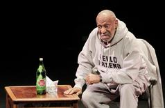 Comedian Bill Cosby performs at The Temple Buell Theatre in Denver, Colorado January 17, 2015. REUTERS/Barry Gutierrez