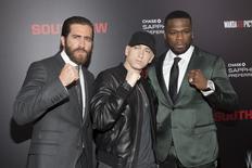 """Jake Gyllenhaal, Eminem e Curtis """"50 Cent"""" Jackson ma pré-estreia de """"Nocaute"""" em Nova York. 20/07/2015 REUTERS/Andrew Kelly"""