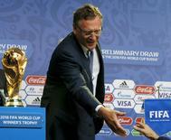 Secretário-geral da Fifa, Jérôme Valcke, em São Petersburgo. 24/07/2015 REUTERS/Grigory Dukor