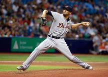 Detroit Tigers starting pitcher David Price (14) throws a pitch during the second inning against the Tampa Bay Rays at Tropicana Field. Mandatory Credit: Kim Klement-USA TODAY Sports