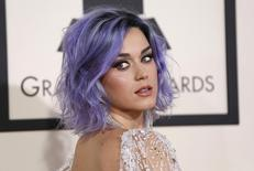 Cantora Katy Perry chega ao Grammy Awards, em Los Angeles, Estados Unidos, em fevereiro. 08/02/2015 REUTERS/Mario Anzuoni