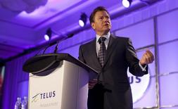 Former Telus CEO Darren Entwistle speaks at the annual general meeting in Vancouver, British Columbia May 8, 2014.  REUTERS/Ben Nelms