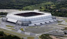 Vista aérea da Arena Pernambuco, nos arredores de Recife. 06/04/2014 REUTERS/Paulo Whitaker