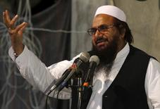 Hafiz Muhammad Saeed, chief of the Jamat-ud-Dawa religious party, addresses the Harmain Sharifain Conference in support of the Saudi Arabian government in Peshawar April 19, 2015. REUTERS/Fayaz Aziz