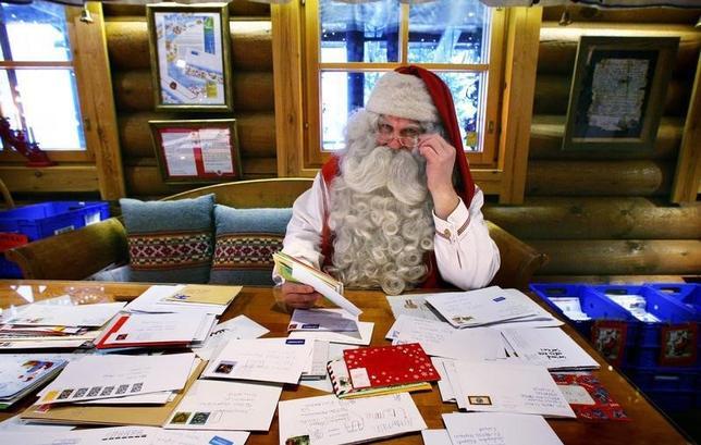 8月20日、フィンランドの観光名所として日本人にも人気のサンタクロース・オフィスが、税金滞納で破産宣告を受けた。ロヴァニエミで2009年11月撮影(2015年 ロイター/Bob Strong)