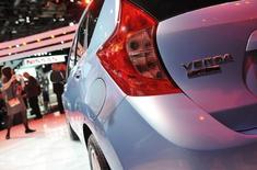 La filiale nord-américaine de Nissan a annoncé vendredi le rappel d'environ 300.000 véhicules aux Etats-Unis et de 28.000 autres au Canada afin d'ajuster la console centrale. /Photo d'archives/REUTERS/James Fassinger