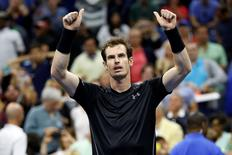 Andy Murray of Great Britain waves to the crowd after his match against Thomaz Bellucci of Brazil (not pictured) on day six of the 2015 U.S.   Geoff Burke-USA TODAY Sports  / Reuters