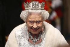 Rainha Elizabeth durante evento no Palácio de Westminster em Londres.  8/5/2013.  REUTERS/Dan Kitwood/Divulgação