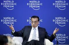 Premiê chinês, Li Keqiang, no Fórum Econômico Mundial em Dalian. 09/09/2015 REUTERS/Jason Lee