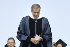 NBC News anchor Brian Williams smiles as he receives an honorary doctorate in humane letters during commencement ceremonies from George Washington University on the National Mall in Washington, May 20, 2012.   REUTERS/Jonathan Ernst