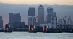Londres a repris sa couronne de capitale financière mondiale au détriment de New York, selon une étude auprès de professionnels du secteur de la finance  /Photo d'archives/REUTERS/Russell Boyce