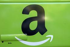 The Amazon.com Inc. logo is seen on the side of a delivery truck in Brooklyn, New York, August 28, 2015. REUTERS/Brendan McDermid