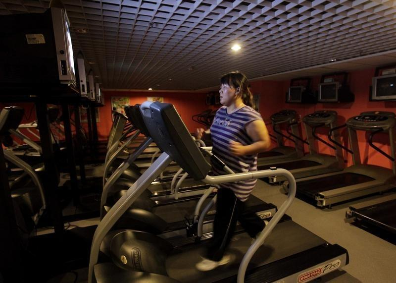 Weight loss, exercise may boost fertility odds for women