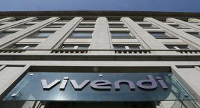 Vivendi a encore accru sa participation dans Telecom Italia pour la porter à 19,88%. Le groupe de médias français détenait auparavant 15,5% de l'opérateur télécoms italien. /Photo d'archives/REUTERS/Gonzalo Fuentes