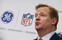 Roger Goodell, Commissioner of the National Football League (NFL) speaks at a news conference announcing the Head Health Initiative, a collaboration between General Electric (GE) and the National Football League (NFL), in New York in this March 11, 2013, file photo.  REUTERS/Mike Segar/Files