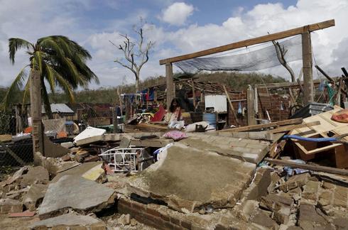 Hurricane Patricia bears down