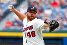 File photo of Atlanta Braves starting pitcher Tommy Hanson throwing in the first inning during their MLB National League baseball game against the Washington Nationals at Turner Field in Atlanta, Georgia  September 15, 2012. REUTERS/Tami Chappell