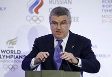 Presidente do Comitê Olímpico Internacional (COI), Thomas Bach, durante cerimônia em Moscou.  21/10/2015   REUTERS/Alexander Zemlianichenko/Pool