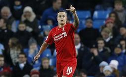 Meia do Liverpool Philippe Coutinho em partida contra o Manchester City pela Liga Inglesa. 21/11/2015  Action Images via Reuters / Carl Recine Livepic