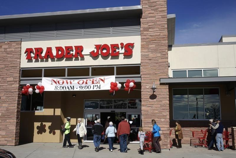 pepperidge farm sues trader joe 39 s over milano cookie reuters. Black Bedroom Furniture Sets. Home Design Ideas