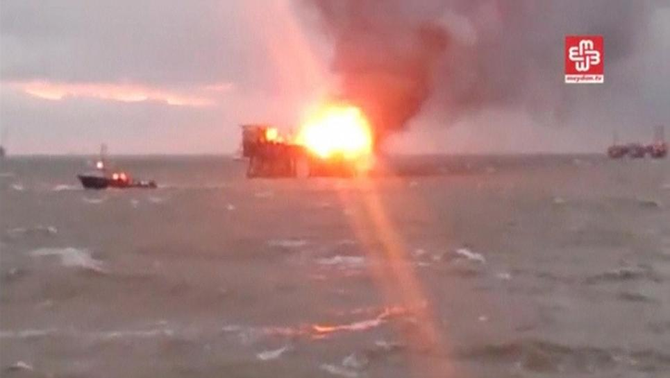 One worker killed, 30 missing after Azeri oil rig fire: government