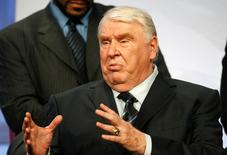 "John Madden, game analyst, ""NBC Sunday Night Football,"" speaks to television critics at the NBC Universal Summer press tour in Beverly Hills, California, July 21, 2008. REUTERS/Fred Prouser"