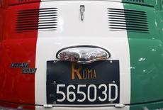 Les ventes d'automobiles ont augmenté de 15,75% en Italie en 2015. Sur le seul mois de décembre, les ventes du quatrième marché automobile européen ont progressé de 18,65%, par rapport à décembre 2014, à 109.395 véhicules, /Photo d'archives/REUTERS/Alessandro Bianchi
